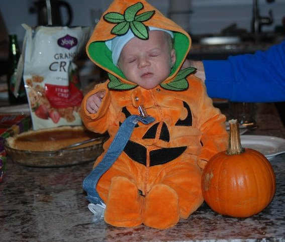 Kyleu0027s first Halloween (1 month old)  sc 1 st  Mayahood & My top 6 Halloween costumes picks for kids - Mayahood